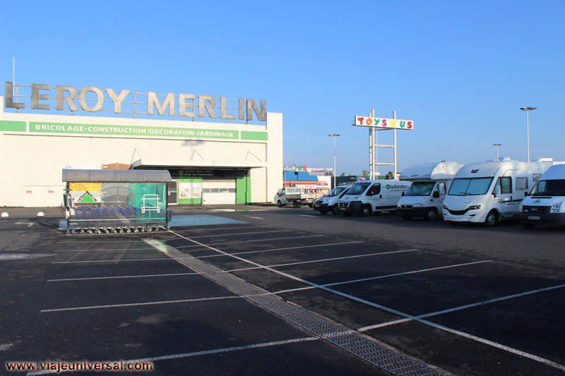 parking de autocaravanas de bordeaux 2 en francia. Black Bedroom Furniture Sets. Home Design Ideas