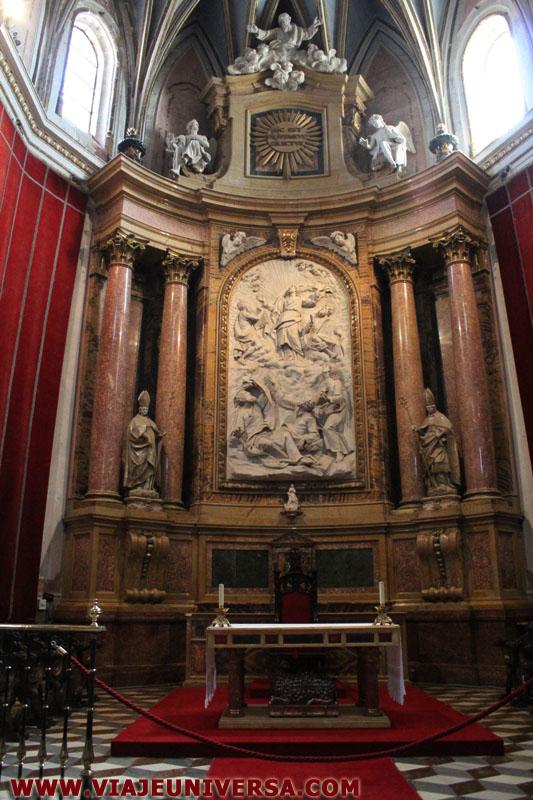 Capilla mayor retablo central catedral de zamora for Catedral de zamora interior