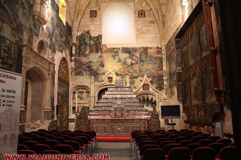 Capilla de san ildefonso catedral de zamora provincia for Catedral de zamora interior