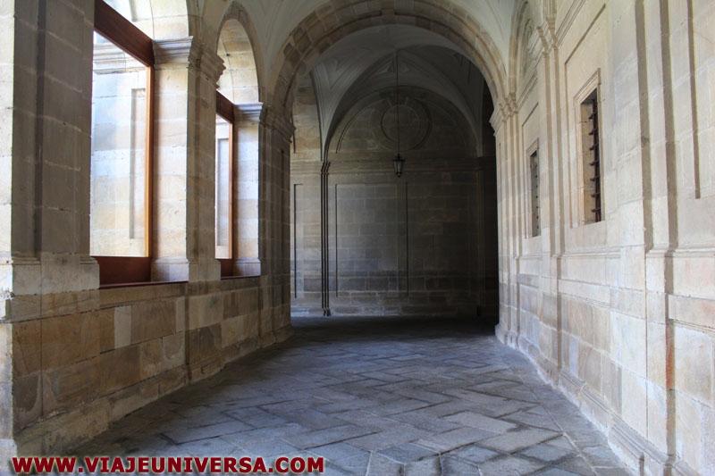 Galer a del claustro catedral de zamora provincia zamora for Catedral de zamora interior