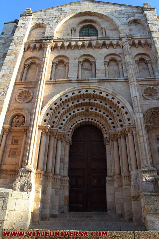 Puerta del obispo catedral de zamora provincia zamora for Catedral de zamora interior